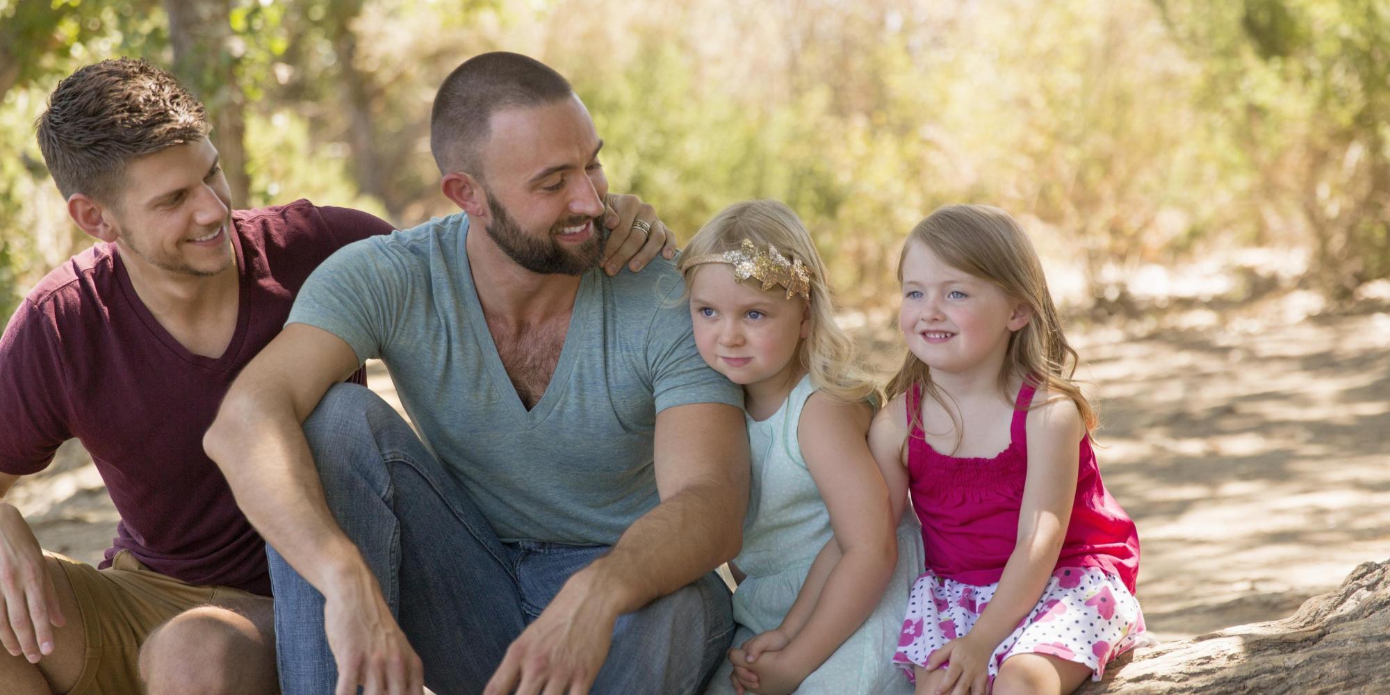 Famiglia omosessuale